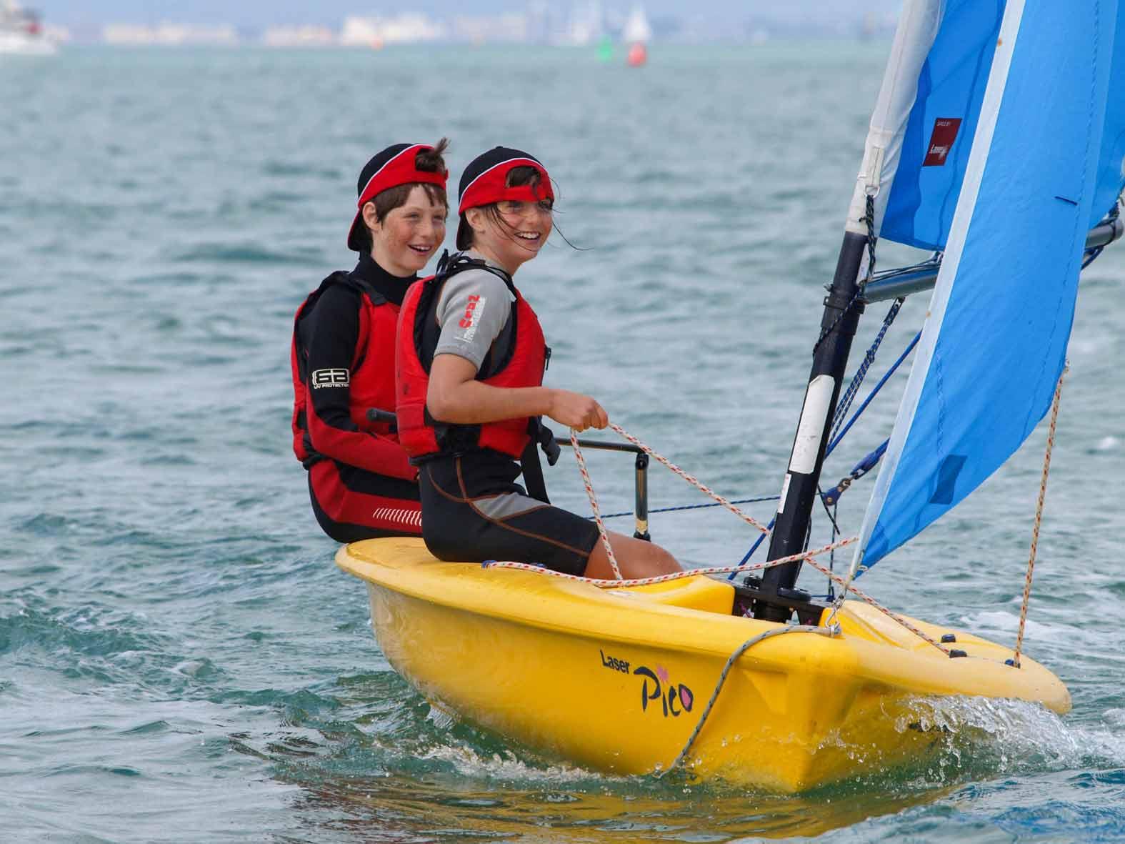 Beginner Sailing Windsurfing IOW